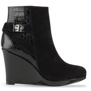 Cole Haan Martina Wedge Black Ankle Boot size 5B